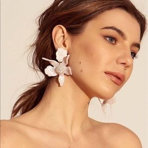 NWT Anthropologie Lele Sadoughi lily earrings